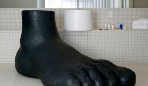 standard_la_foot