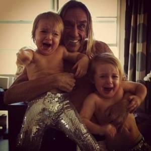 ziggy_terrorizing_children
