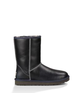 navy_leather_Uggs