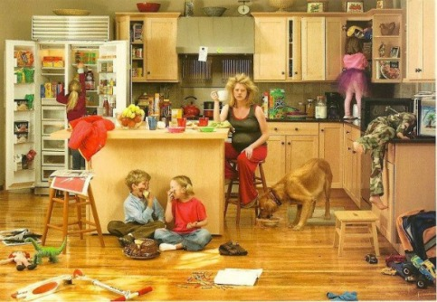 stay_at_home_mom_kid_chaos