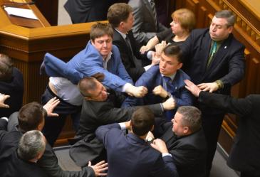 ukraine_parliament_fight